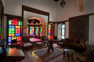 stained-glass-room