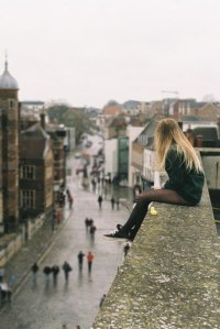girl-loneliness-roof-Favim.com-464660_large
