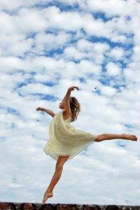 tiny_dancer_by_insanelaurenjane-d5tqlbr